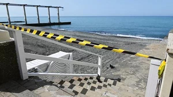 Названы сроки открытия российских пляжей