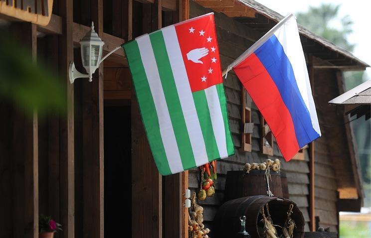 Люди в Абхазии. А есть ли гостеприимство в этой стране?