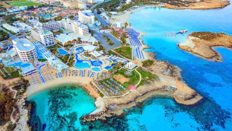 Кипр могут открыть в марте, но чем заняться там кроме как загорать на пляже и купаться? Сейчас расскажем