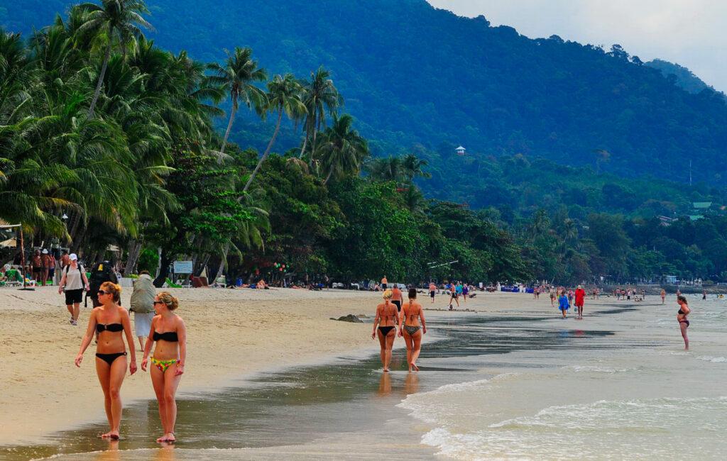 Таиланд открыт, визы нет, самолеты летают, но пока еще не все решено