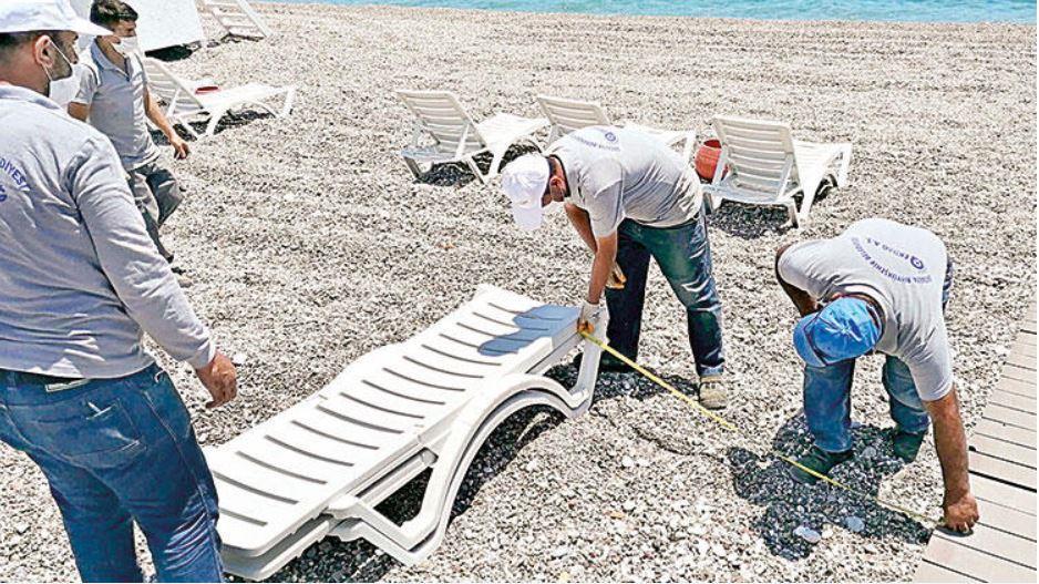 В Турции уже весна? Туристы уже открывают купальный сезон