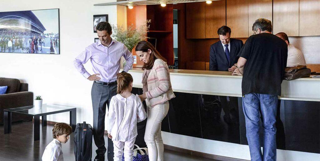Худшие туристы в Турции - кто они? Ответ владельца отеля