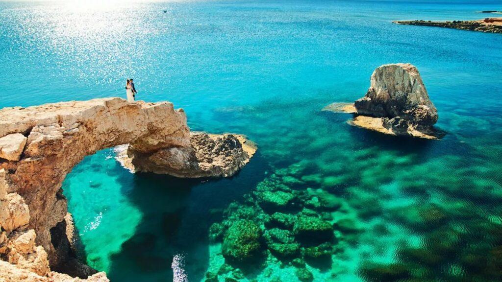 Кипр захлопнул двери прямо перед носом наших туристов