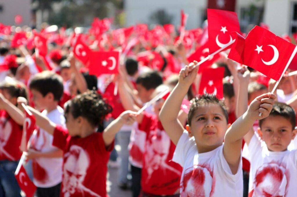 Чему можно научиться нашим людям от турков?