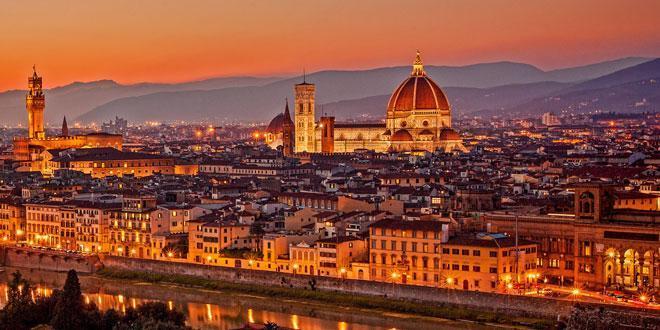Санта-Мария-дель-Фьоре - самая главная достопримечательность Флоренции