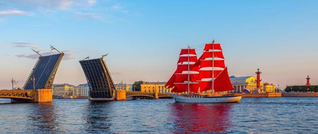 Речные круизы из Санкт-Петербурга