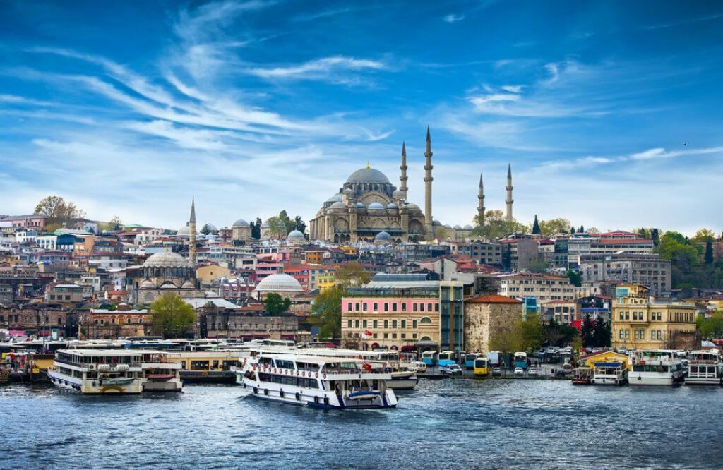 От закрытия Турция пострадают и те, кто заграницу и не собирался