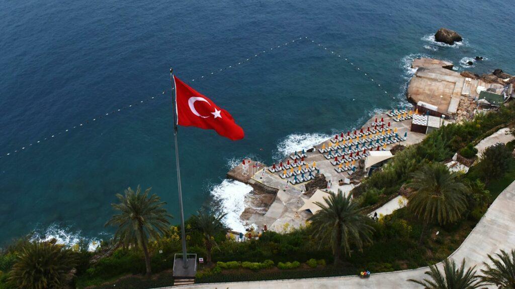 Турцию планируют открыть с 2 июля?