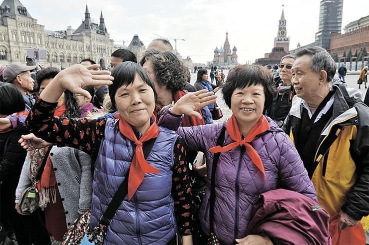 С туристами каких стран россияне не хотят отдыхать рядом?
