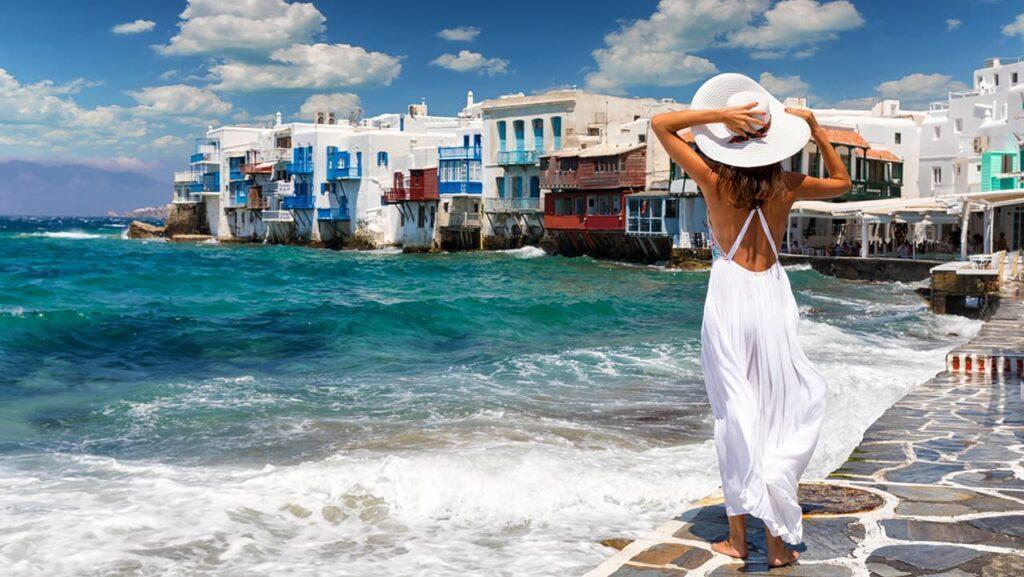 Полное открытие Греции возможно уже в июне