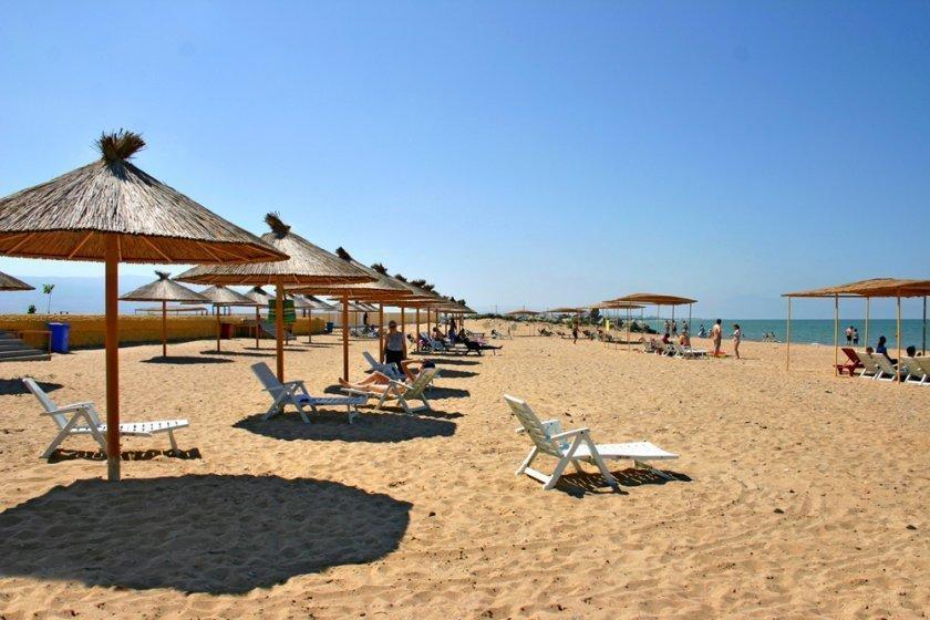 Побывали проездом на дагестанском пляже