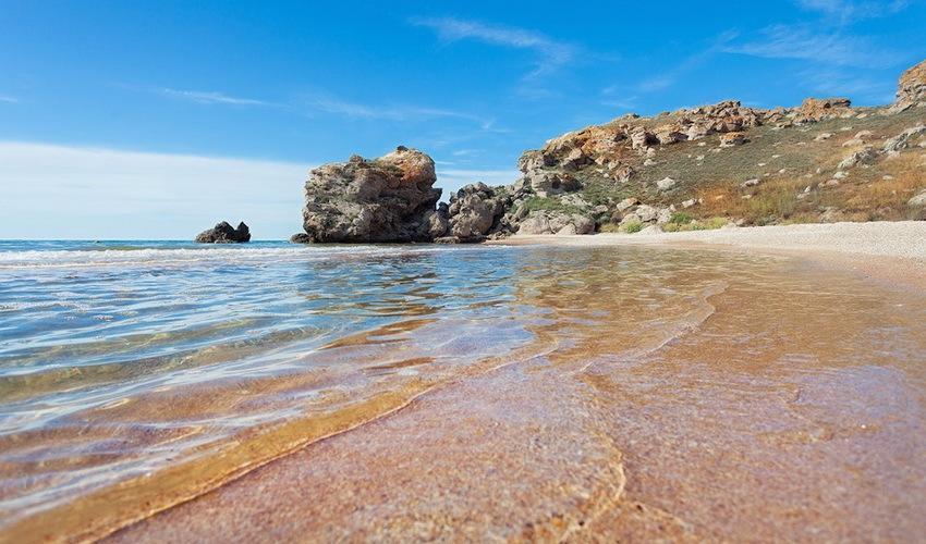 Почему не стоит отдыхать на Черном море в июне. Рассказываю